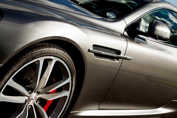 Aston Martin by morpheus1955