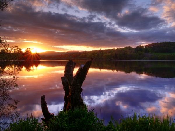 Loch Clunie Sunset by jmcca