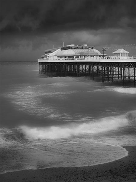 Cromer Pier by AEVANS10