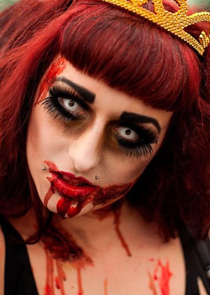 Zombies at Brighton 2 by paddyman