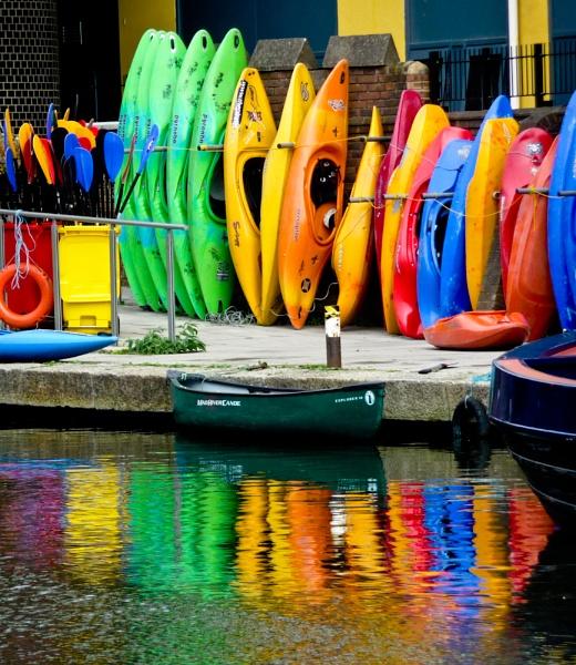Canoes! by tony64