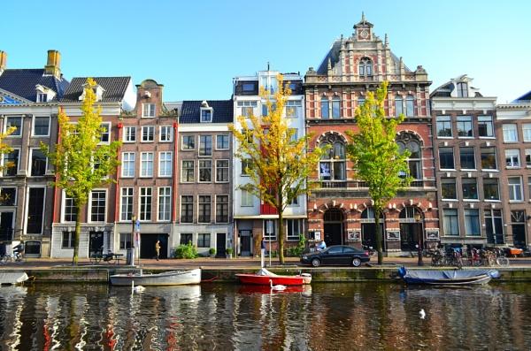 Amsterdam Sunny day by danfrier