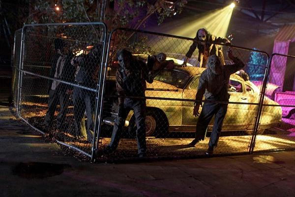 Junkyard Zombies 2 by hirschi