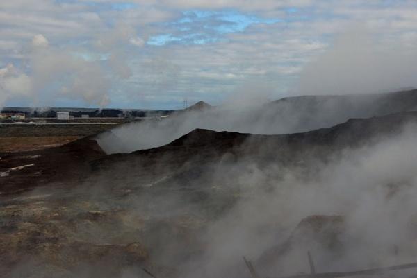 Gunnuhver Hot Springs by jinstone