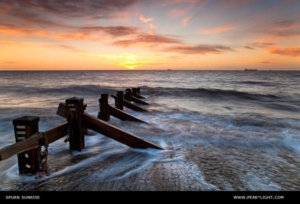Spurn Sunrise by martinl