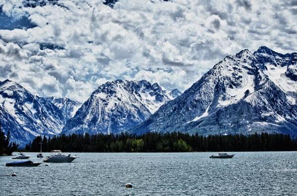 Grand Teton Montains by Lucieneu