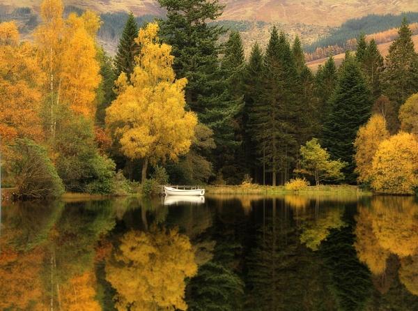 Glencoe Lochan by wolfy