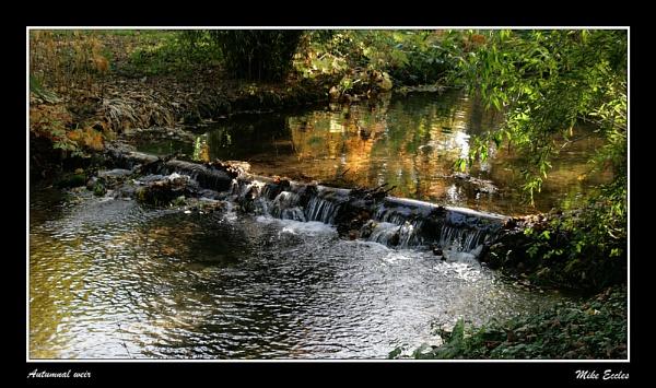 Autumnal Weir by oldgreyheron