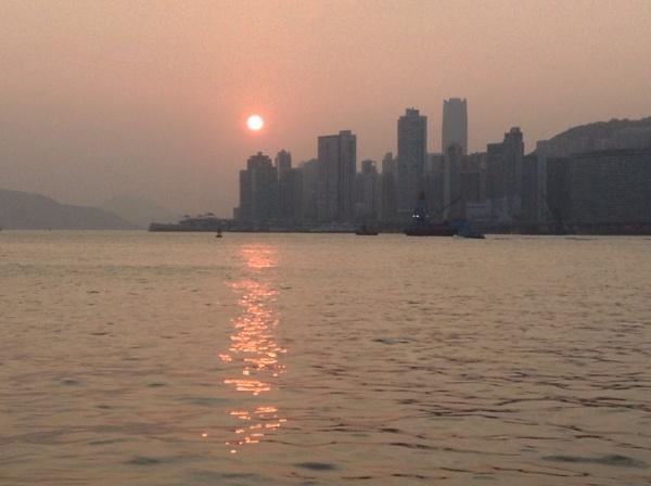 Sunrise Kowloon by gjayesh