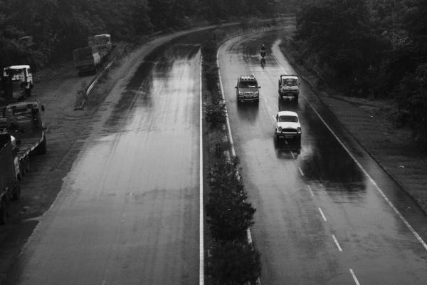 The Rainy Road by suvarc