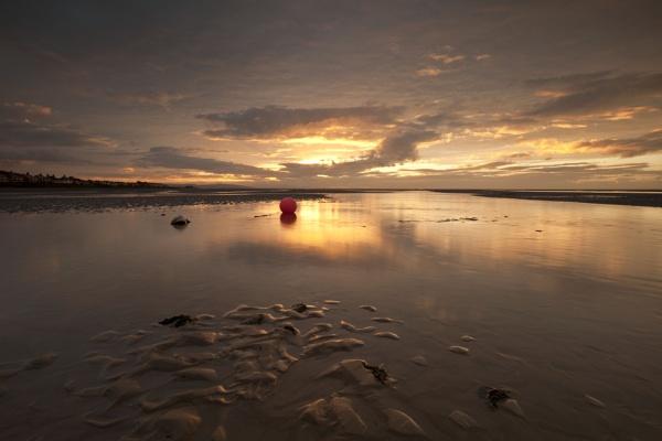 "\""SETTING SUN\"" (Meols Estuary North west England) Reflective light. by razorraymac"