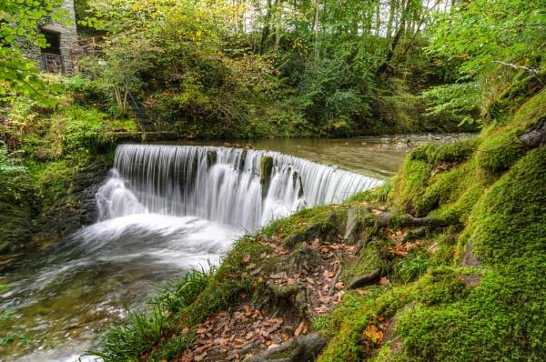 Ambleside Waterfall by spb