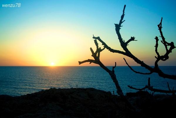 Inzul Ix-Xemx (Sunset in Maltese) by wenzu78