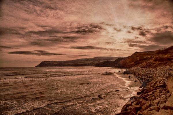 Robin Hood\'s Bay (looking south) by brianaskew