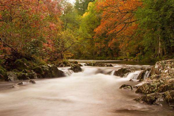 Upper Falls, Betws-y-Coed by mlanda