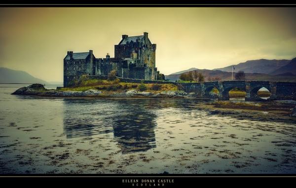 Eillean Donnan Castle by ovi