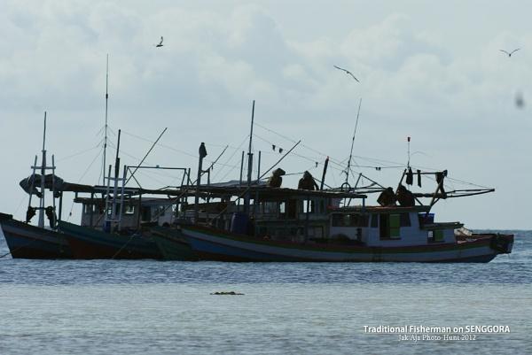 Fisherman Live by jak_aja