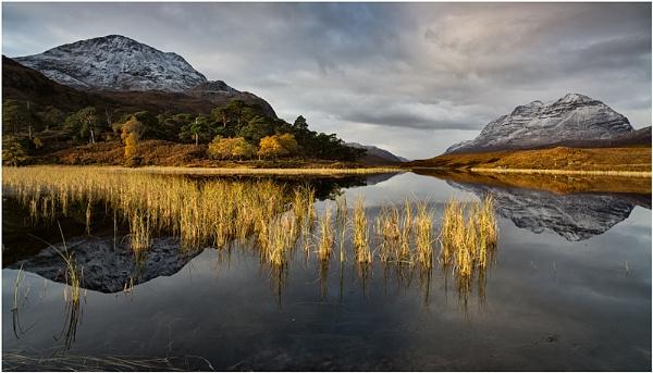 Early Light... by Scottishlandscapes