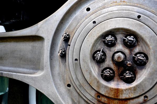 Powerful Wheels by HectorRivera