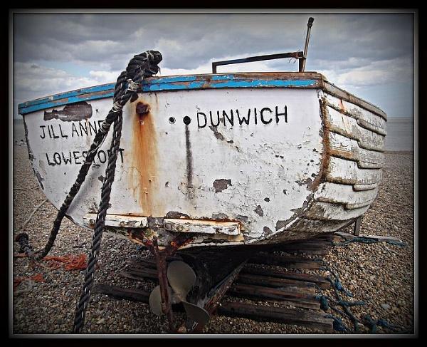 Dunwich beach by gardenersteve