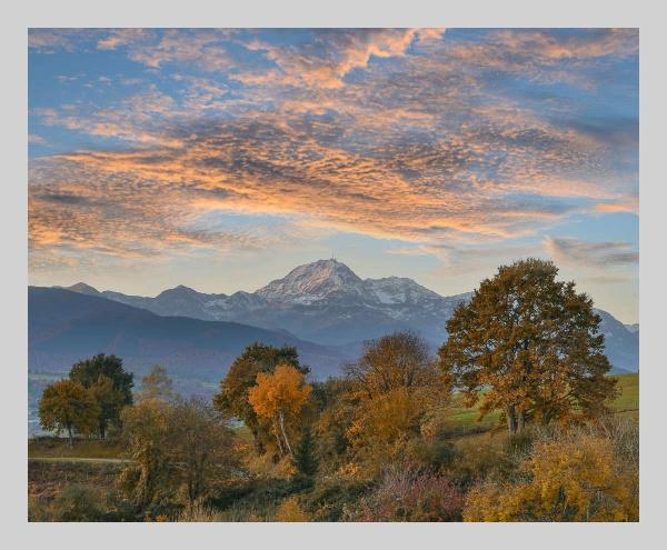 Autumn Sunrise by Escaladieu