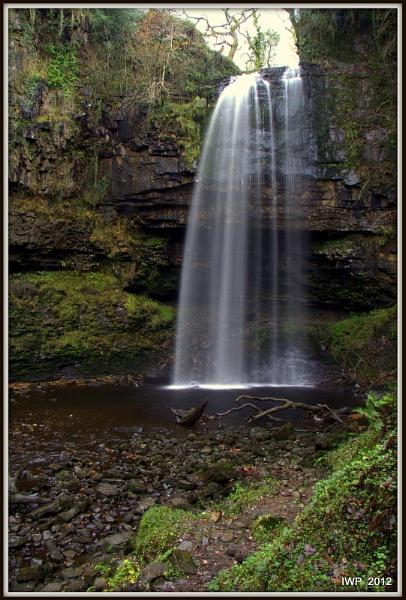 Henrhyd Falls by IanPeacock