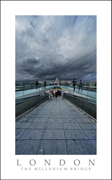 Stormy Sky Millenium Bridge by hawk