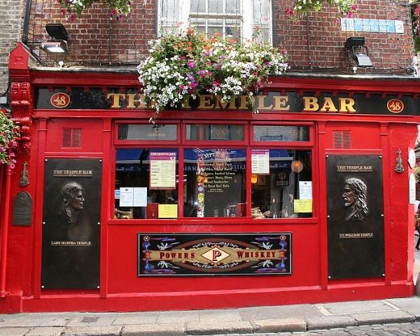 Temple Bar, Dublin by gardenersteve