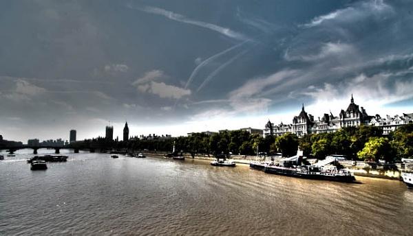 London 2011 by billybonds
