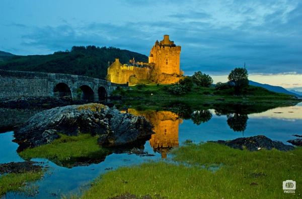 Eilean Donan Castle by Reiver_Iron