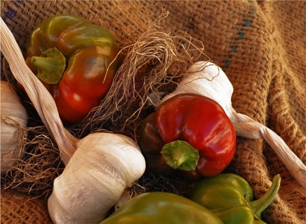 Garlic and Pepper by LibKerr4
