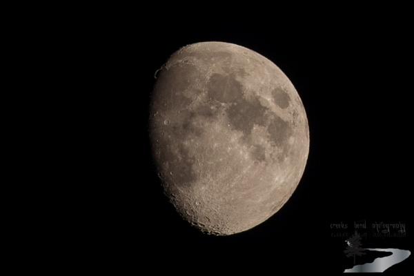 November Moon by inntrykk