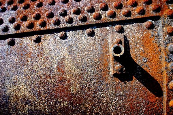 Rusty Rivets by nanpantanman