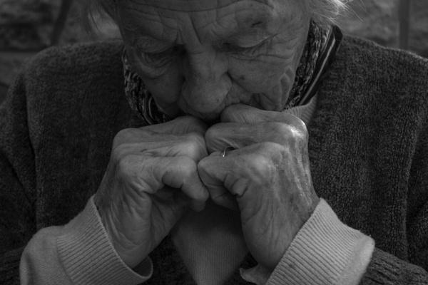 Alzheimer\'s by lottycobb