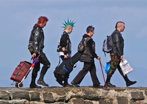 Cramond Island Punks by jambogaz