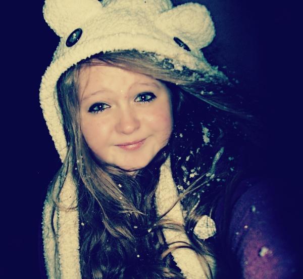 #snow :D by megan99