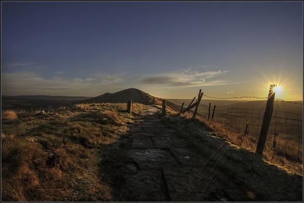 Sunrise on Mam Tor by platzy