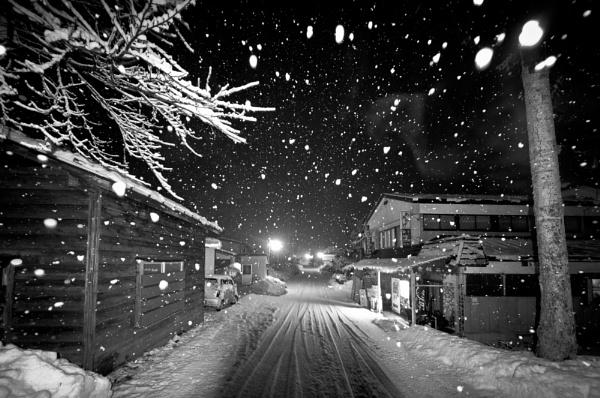 Snow Snow Snow and more Snow by TeruoAraya