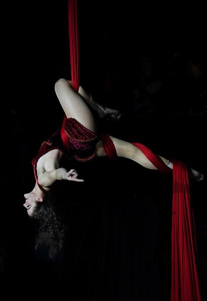 Aerial silks by martyn_b