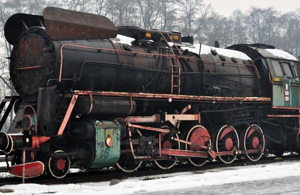 Rusty Train by orygenes