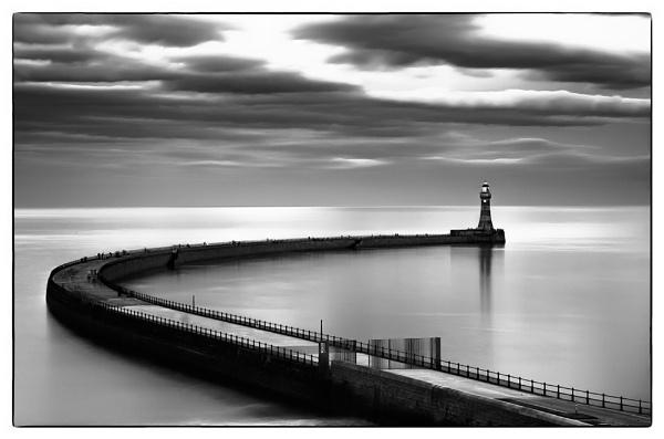 Roker Pier by JohnRShort