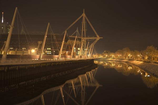 Millennium Stadium in winter by notsuigeneris