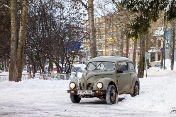 """Old \""""Moskvitch\"""" car by krasitsky"""