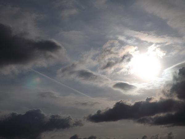 cloud formations by Mototaur
