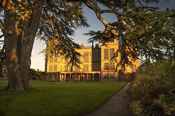 Hardwick Hall by MomentsInTime