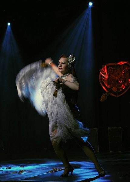 burlesque dancer by martyn_b