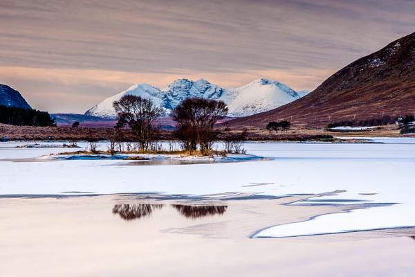 Loch Droma by John_Frid
