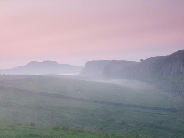 Misty  dawn  at  Steel  Rigg. by pantheonrider