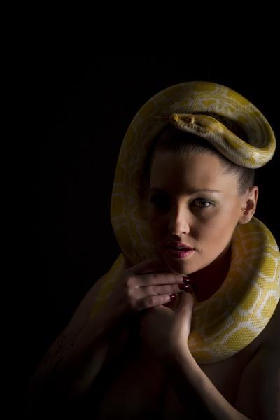 Jen - Snake Shoot by bailey73