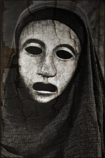 Death Mask by sophielou